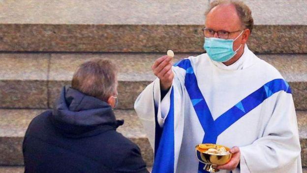 В Германии открываются церкви