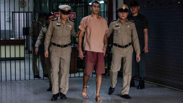 Hakeem al-Araibi attends court in shackles in Bangkok
