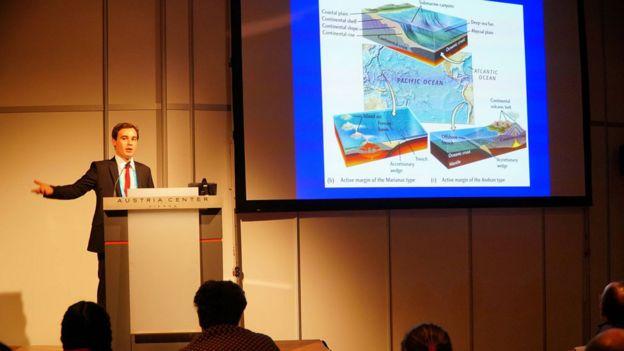 Joao Duarte durante su presentación ante la Unión Europea de Geociencias