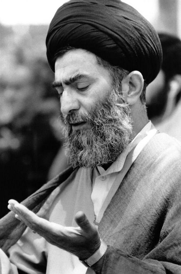 آیتالله سیدعلی حسینی خامنهای