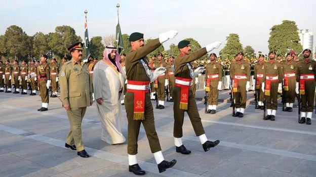 Muhammed bin Selman 2016'da , veliaht prens olmadan önce Pakistan'ı ziyaret etmişti