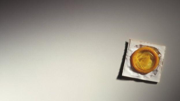 यूएनएफपीएले भनेको छ- किशोरावस्थामा हुने गर्वधारण विद्यालय, जानकारी वा स्वास्थ्यसेवामा न्यून वा पहुँच नै नहुने अवस्थाको एउटा नतिजा हो।