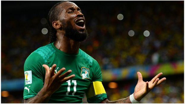 Didier Drogba est l'un des joueurs africains les plus connus ayant usé de leur influence pour soutenir leurs collègues moins connus.