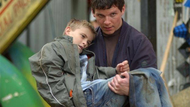 Nigel Harman as Dennis Watts and Joseph Shade as Peter Beale, 2004