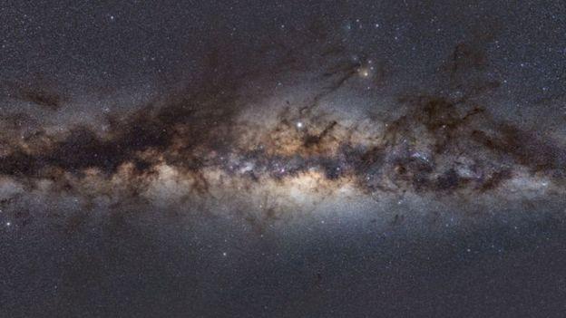 مرکز کهکشان راه شیری چنین منظرهای دارد