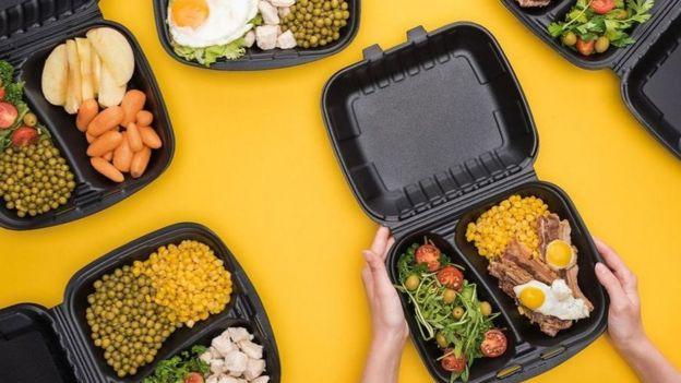 على عكس الفاصولياء، ثمة أطعمة، مثل البازلاء، تفقد قيمتها الغذائية عند طهيها في الميكروويف أو بالبخار