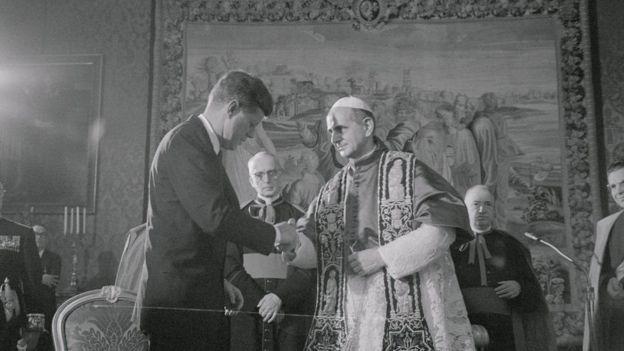 جون كينيدي والبابا بول السادس