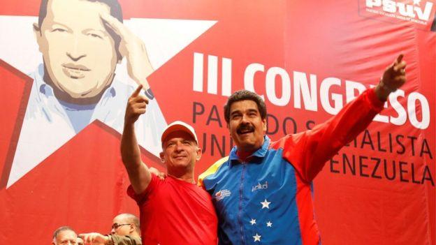 Hugo Carvajal y Nicolás Maduro.