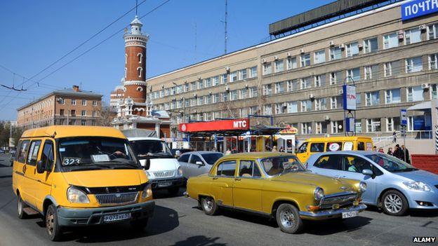 A bus in traffic in Omsk