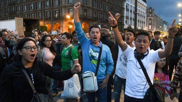 Simpatizantes de López Obrador se reunieron en el Zócalo,
