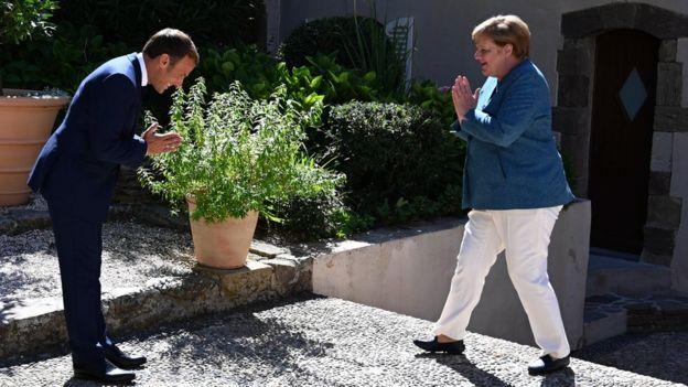 Макрон и Меркель в форте Брегансон