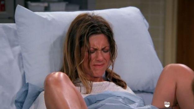 Rachel pariendo