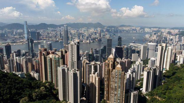 維多利亞港是香港一個國際知名的地標。