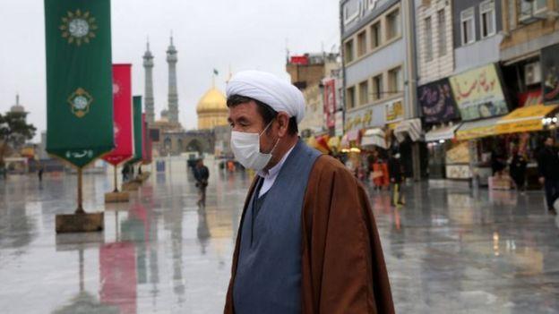 انتشار اطلاعات پراکنده و بعضا ضد و نقیض باعث نگرانی افکار عمومی در ایران و کشورهای منطقه از بیم شیوع ویروس کرونا شده است