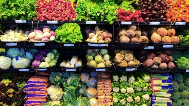 Legumes e verduras no supermercado www.aquitemtrabalho.com.br aqui tem trabalho