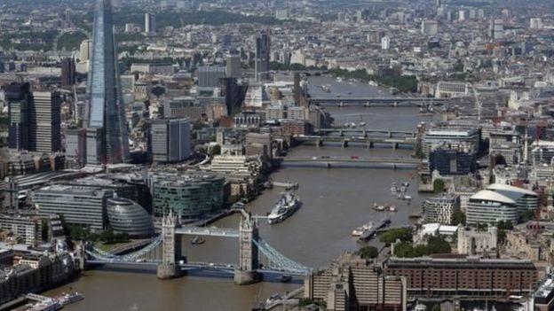 倫敦是全英國少數族裔人口比例最高的地方,也是平均收入差距最大,高達21.7%的地區。
