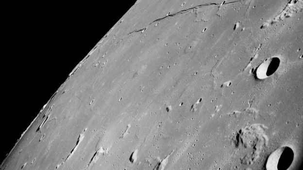 رأى أفراد طاقم أبولو 8 بأعينهم الجانب المعتم من القمر الذي لم يره بشر قبلهم
