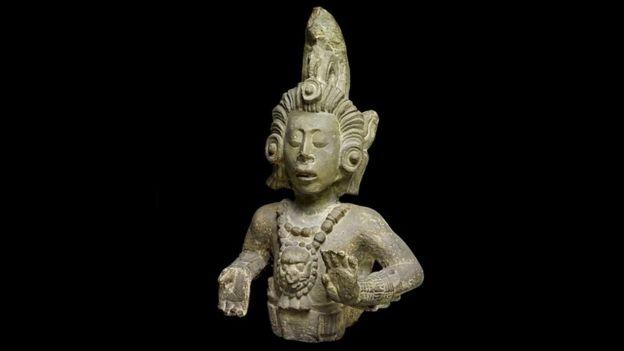 Estatua Maya del Dios del Maíz