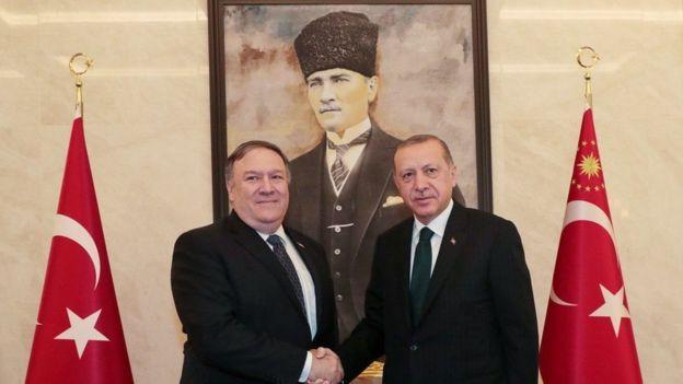 Mike Pompeo iyo Recep Tayyip Erdogan