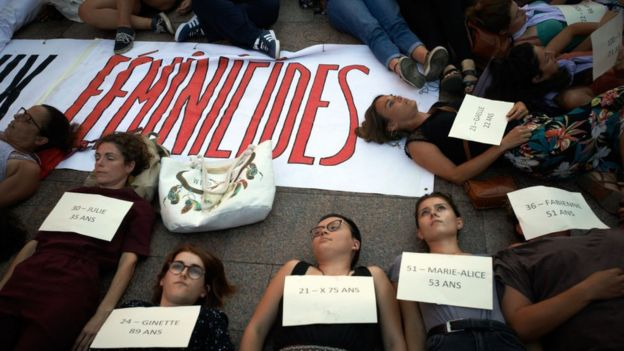 Protesta contra feminicidios