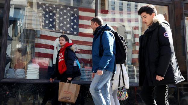 Pedestres em San Francisco