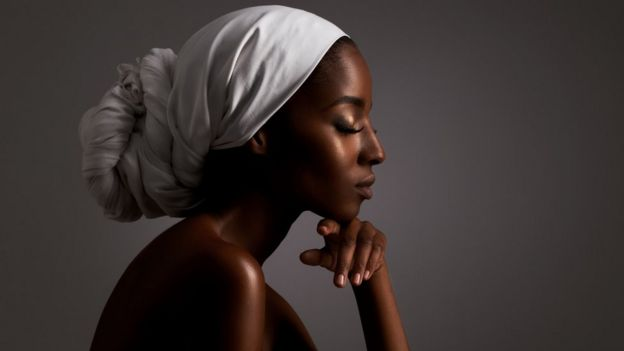 Una mujer negra