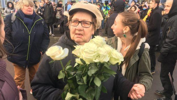 Бабушка Емельянова после приговора