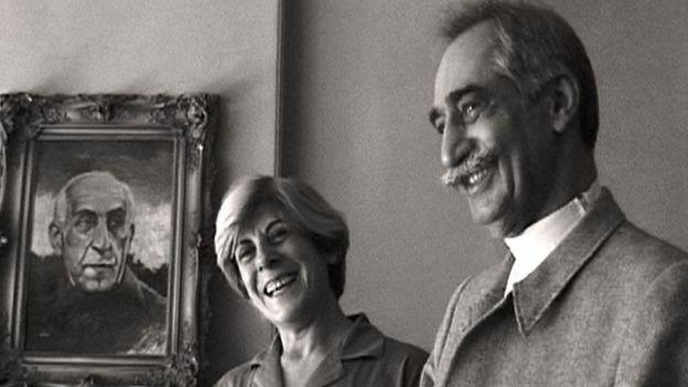 داريوش وبارفانا فوروهار ظلا متزوجين لنحو 40 عاما