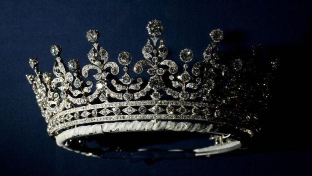 Бриллиантовая лиалема королевы Мэри