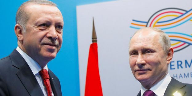 Russia's President Putin (R) and Turkey's President Erdogan, at G20 in Hamburg, July 2017