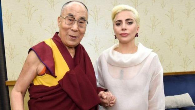 达赖喇嘛和嘎嘎小姐