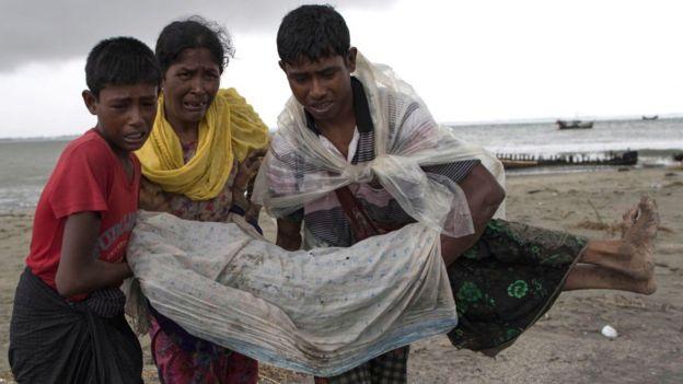 Les membres de cette communauté Rohingyas se réfugient massivement au Bangladesh voisin.
