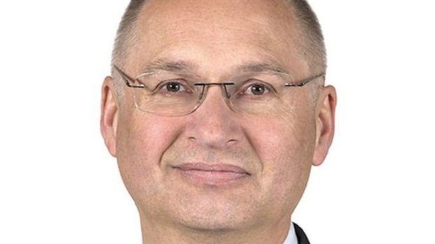 نائب في البرلمان السلوفيني يستقيل بسبب سرقة