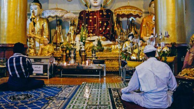 Miến Điện: Pháp sư nơi cửa Phật _91970482_p049vk2v-1