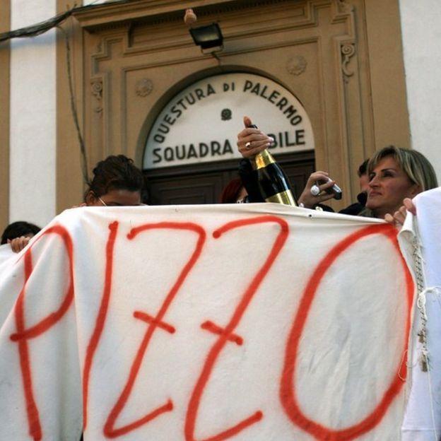 Protesta contra la mafia italiana