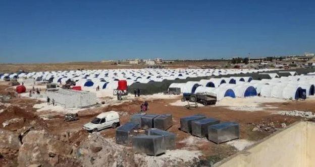 أحد مخيمات النازحين من عفرين في تل رفعت، شمالي حلب
