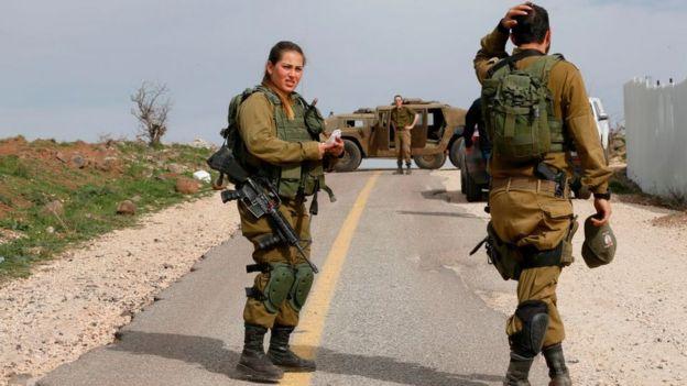 Soldados irealenses nas Colinas de Golan