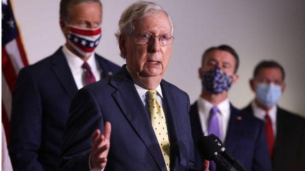 лидер сенатского большинства Митч Макконнелл