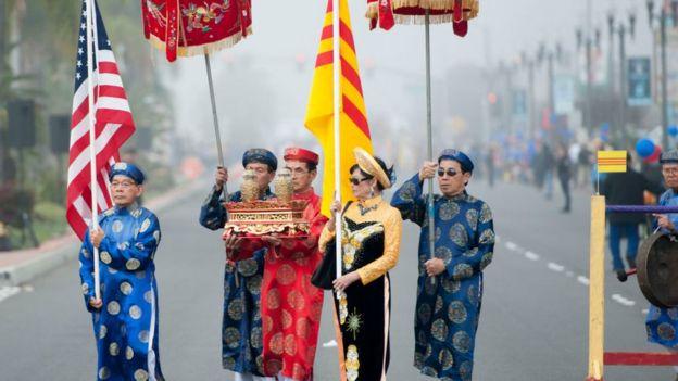 Cuộc sống của người Việt gốc Mỹ pha trộn văn hóa và lịch sử Việt Nam và Hoa Kỳ