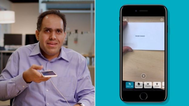 Saqib Shaikh Microsoft демонстрирует приложение smartphone text-to-speech фирмы