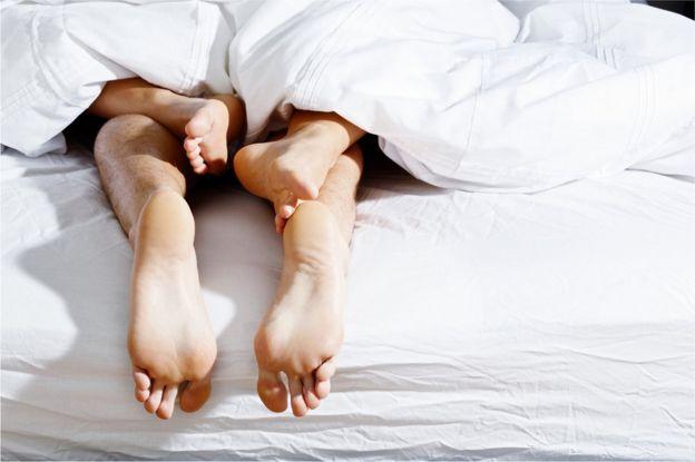 Las diversas razones por las que las mujeres fingen el clímax sexual, Las diversas razones por las que las mujeres fingen el clímax sexual