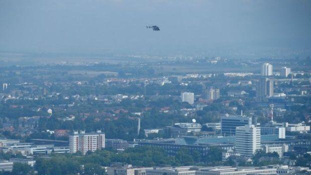 طائرات هليكوبتر تحمل مجسات للحرارة لإكتشاف القنابل