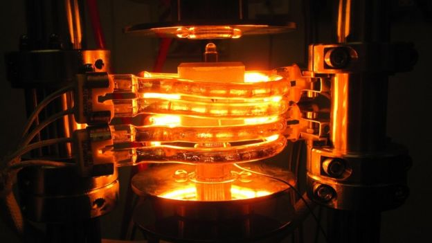 Equipment for nuclear fusion tests