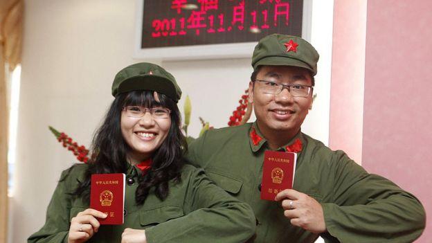 Çin'de Bekarlar Günü ironik bir şekilde, evlenmek isteyen çiftler için popüler bir düğün tarihi