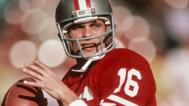 Joe Montana playing for the San Francisco 49ers in 1982