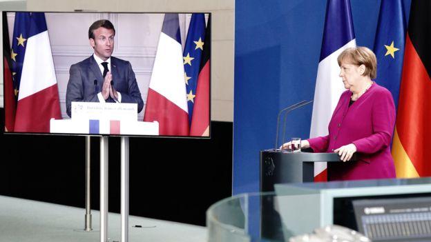 Видеоконференция Меркель и Макрона