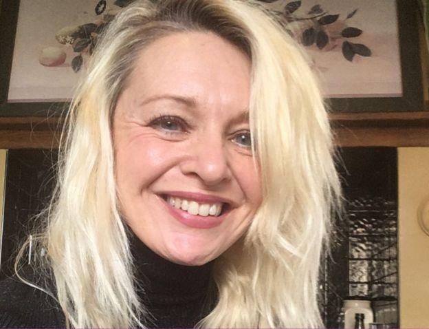 Divorce left me an emotional mess' - BBC News