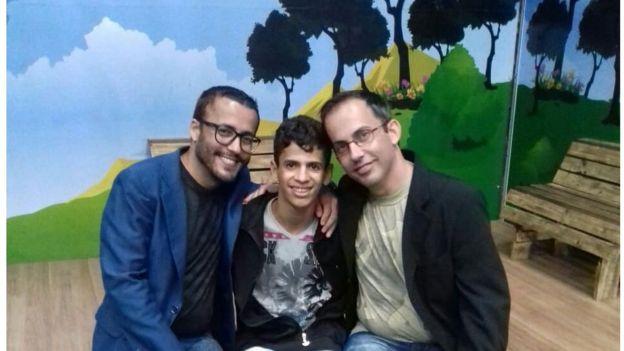 Leandro e Edmundo Negri, com José (no centro da foto)