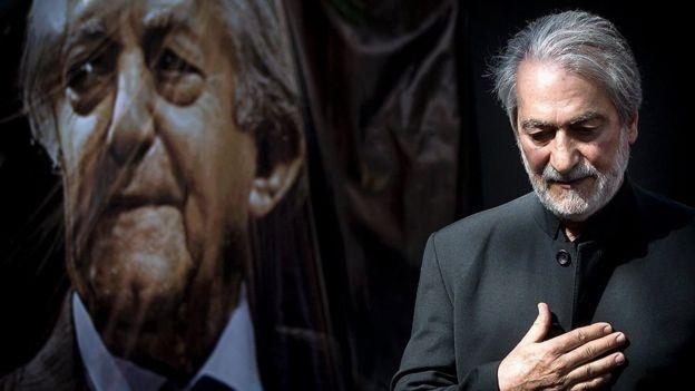 مجید انتظامی پسر عزتالله انتظامی از آهنگسازان بهنام ایران در مراسم پدر