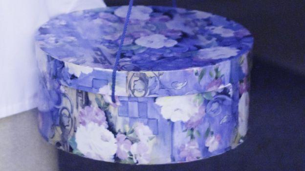 La caja de sombreros donde guardaba el cerebro